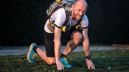 """Vlaming loopt 520 kilometer door de Australische outback: """"Voor het goede doel én de fun"""""""