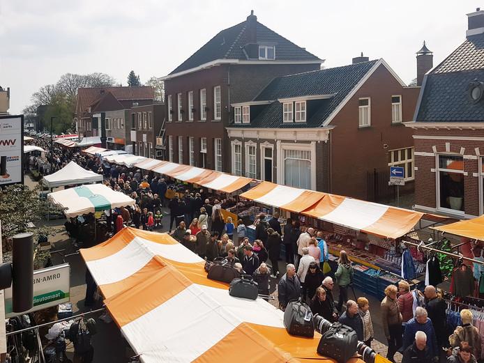 De jaarmarkt aan de Hoge Ham in Dongen.