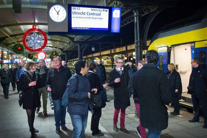 Nachtelijk tafereel op station Nijmegen.