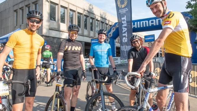 """We Ride Flanders met 'slechts' 6.000 deelnemers: """"Comfortabeler rijden, maar we missen toch sfeer van De Ronde"""""""