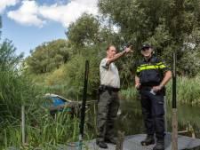 Met 130 kilometer per uur door de Biesbosch, politie neemt rijbewijzen in beslag