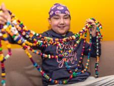 Leukemiepatiëntje Jade heeft 696 behandelingen achter de rug