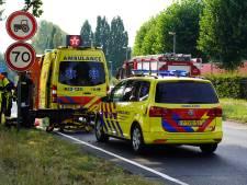Automobilist raakt ernstig gewond als hij tegen boom botst in Breda