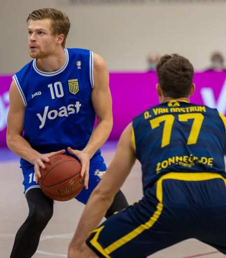 Yoast United en Lekdetec.nl/Batouwe 'hand in hand' door Basketball League