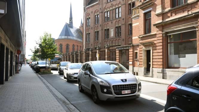 """Goede raad van het Leuvense stadsbestuur: """"Laat je auto staan"""""""