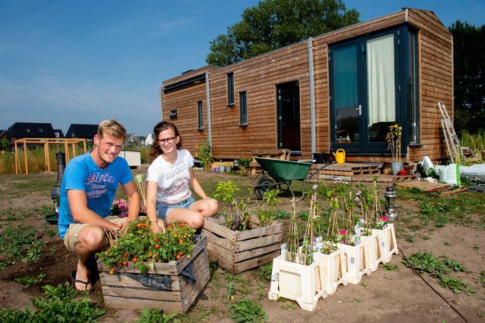 Charlotte en Dirk van der Zwan wonen in een tiny house in de nieuwe wijk Zuidbroek in Apeldoorn.