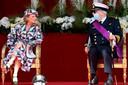 La princesse Delphine en compagnie du prince Laurent.