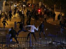 Tweede nacht op rij rellen in Jeruzalem, Israël vergeldt raketaanvallen met legeractie Gaza