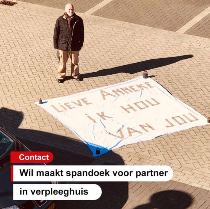 'Lieve Anneke, ik hou van jou' staat er op het spandoek waarmee Wil van der Horst (74) aan zijn dementerende partner heeft laten weten dat hij aan haar denkt.