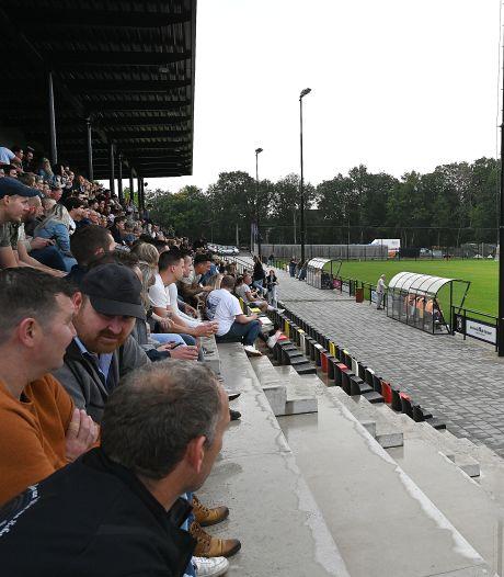 EGS'20 opent het splinternieuwe sportpark met spectaculaire zege op SES