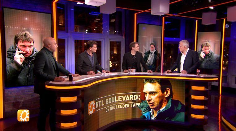 John van den Heuvel, Beau van Erven Dorens, Luuk Ikink en Peter R. de Vries tijdens een special van 'RTL Boulevard' over de Holleeder-tape. Beeld RTL 4