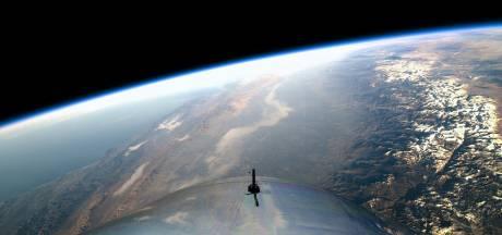 Het tijdperk van toeristische ruimtereizen is nabij: Virgin haalt voor het eerst de ruimte