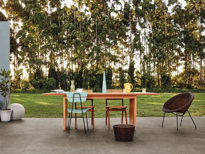 Wil je het hele jaar door van het buitenleven genieten? Dan kies je voor een all-seasons tuin waarbij je je woonkamer verlengt.