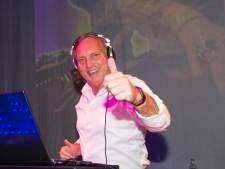DJ De Winter draait digitaal door in studio zoon Giel, opbrengst voor mantelzorgers