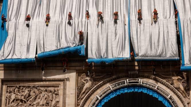 Arc de Triomphe wordt ingepakt met 25.000 meter stof als eerbetoon aan kunstenaar Christo