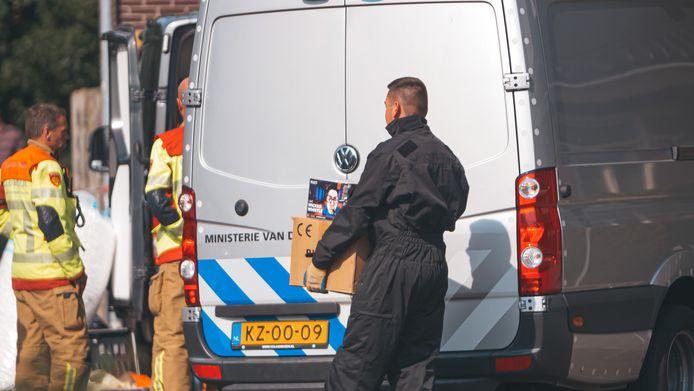 Er werd meer dan 500 kilo vuurwerk gevonden in een rijtjeswoning in Harderwijk.