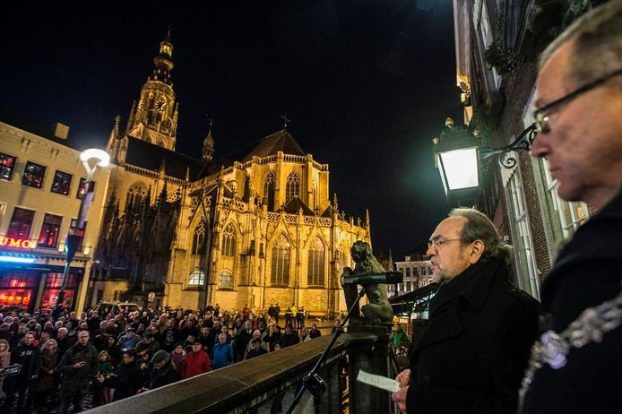 BN DeStem-hoofdredacteur Johan van Uffelen tijdens zijn Charlie Hebdo-speech in januari.