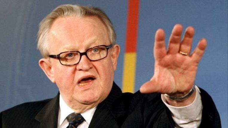 Voormalige Finse president Martti Ahtisaari heeft de Nobelprijs voor de vrede gewonnen (EPA/BERND SETTNIK) Beeld