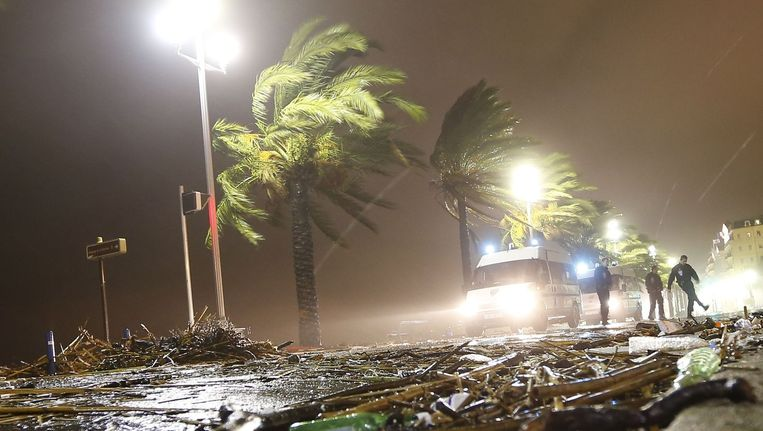 Noodweer in Nice. Beeld afp