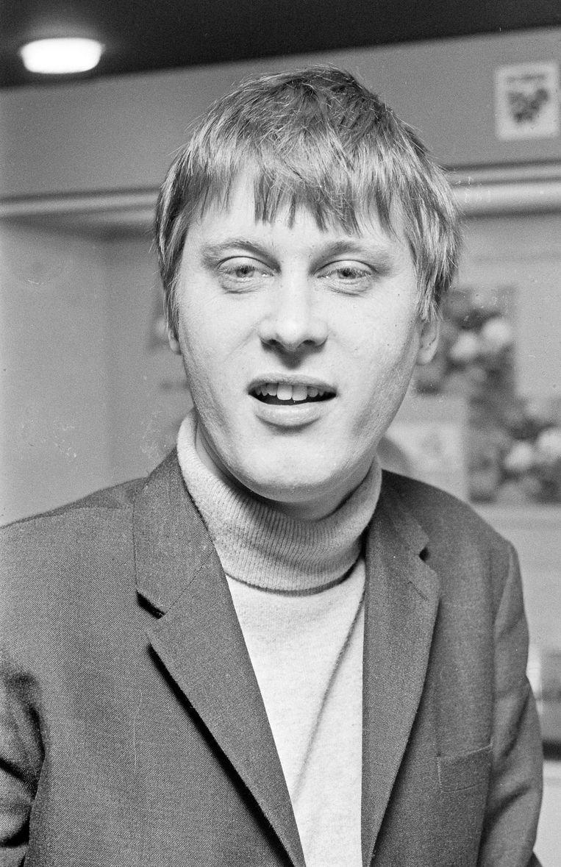 Nikolai van der Heyde in maart 1968, toen de door hem geregisseerde film 'To grab the ring' in premiere ging. Beeld Hollandse Hoogte /  ANP