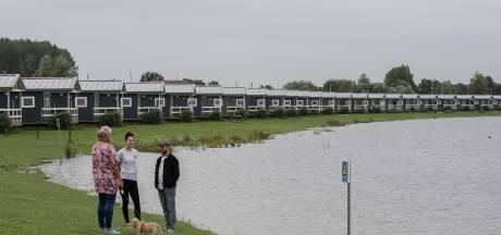 Auto's wegslepen en materieel paraat: gemeenten acteren op hoogwater