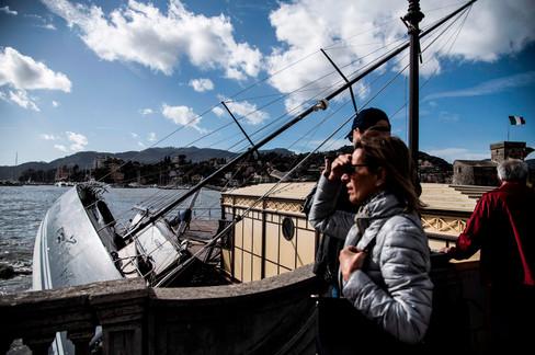 Foto van Noodweer in Italië treft ook de superrijken: plezierjachten slaan massaal te pletter