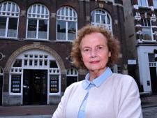 Caty Groen brengt nieuw deel detectivereeks uit rond verhuizing Dordtse boekhandel