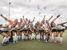 Hockeysters Almelo kampioen: 'Ook volgend jaar voor promotie'