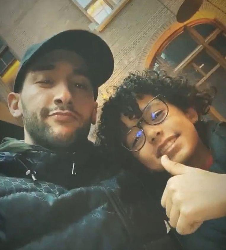 Hakim Ziyech met de 11-jarige Yassine op de foto in het Conservatorium Hotel. Beeld Instagram Hakim Ziyech