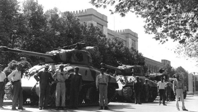 Onrust in Iran in 1953.