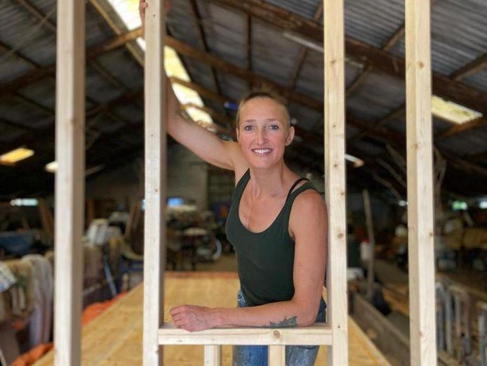 Gerdine Vermeer a commencé la construction de sa petite maison de 3 mètres sur 7,4.