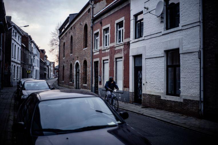 De Reizigersstraat in Tienen, waar de moord plaatsvond. Beeld © Eric de Mildt