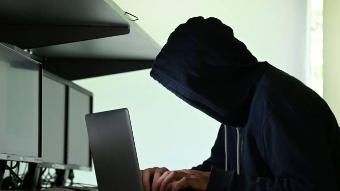 Hacker linkt online profiel van studente aan pornosites: 8 maanden cel gevorderd