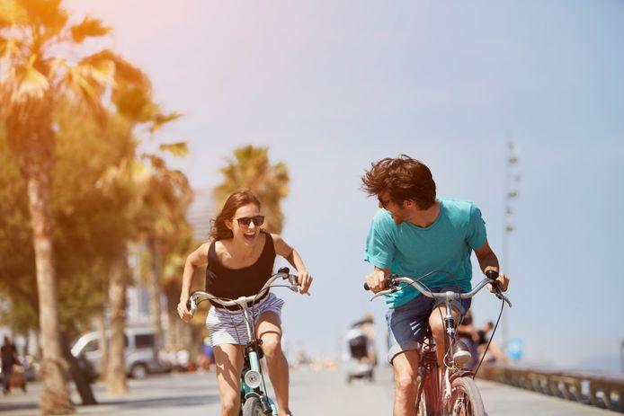 Deze apps zou iedere fietser op z'n smartphone moeten hebben