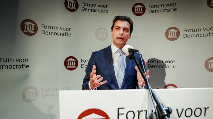 LIVE: Forum als komeet senaat in, Baudet sneert vast naar 'onbenul' Rutte
