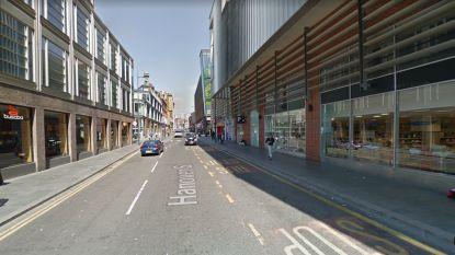 Man overlijdt nadat hij op straat wordt neergestoken in Liverpool