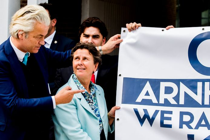 Marjolein Faber met Geert Wilders bij een demonstratie in Arnhem, drie jaar geleden.