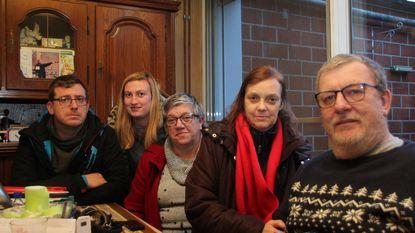 Solidariteit op de Barakken voor Noël en Mika na brand
