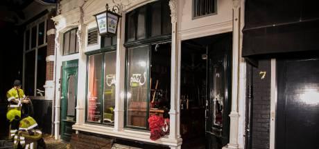 Brand bij Café 't Paleis in Nijmegen, politie sluit opzet niet uit