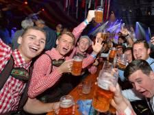 Carnavalsvereniging De Rossumdaerpers kijkt uit naar twee dagen feest in Vaassen: 'Iedereen is er wild van'