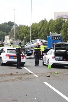 Politie zoekt bloedende man die in gezicht is geslagen in Vught, verdachten na achtervolging gecrasht op A12 bij Zoetermeer