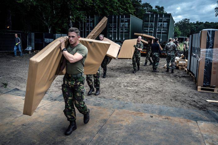 De opbouw van opvanglocatie Heumensoord in augustus. Het kamp blijft wellicht langer open.