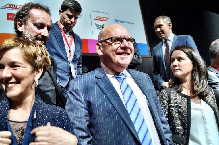 Termont glundert bij zijn verkiezing als voorzitter van Eurocities. Beeld Tim F. Van der Mensbrugghe