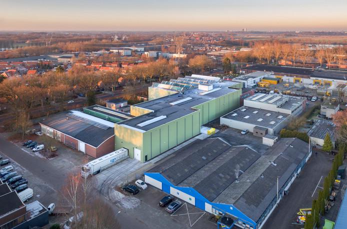 De fabriek van Tor Processing & Trade in Hattem is een dochterbedrijf van Tor Specialty Minerals. De Burgemeester Moslaan loopt van links naar rechts bovenlangs het fabrieksterrein.