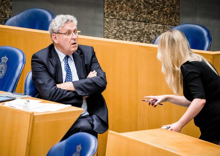 Henk Krol en Femke Merel van Kooten eind mei tijdens het verantwoordingsdebat in de Tweede Kamer over het jaar 2019. Beeld ANP