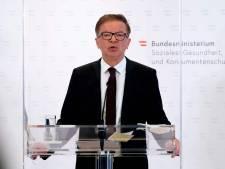 """""""Épuisé"""" par la pandémie, un ministre de la Santé jette l'éponge"""