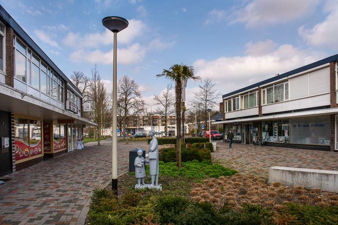 Genieten van al het lelijke moois van West-Brabant? Maak eens een treurtrip. Onbetwist hoogtepunt qua treurigheid is volgens schrijver Mark van Wonderen toch wel Roosendaal. En dan vooral het winkelgebied Rembrandtgalerij.