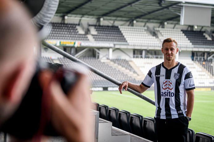 Kaj Sierhuis moet in Almelo voor de doelpunten gaan zorgen.