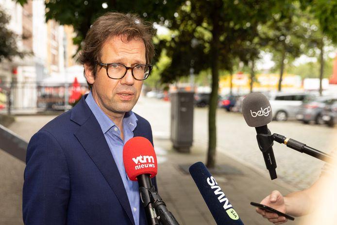 Joris Van Cauter, advocaat van een van de Reuzegommers , diende het wrakingsverzoek in.