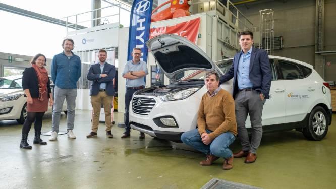 """Autotechnische scholen regio Mechelen ontvangen waterstofwagen: """"Voor lessen over alternatieve aandrijfsystemen"""""""